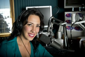 12138 Seth Bauguess, Gina Ferraro Alumna at Mix 107.7 9-3-13